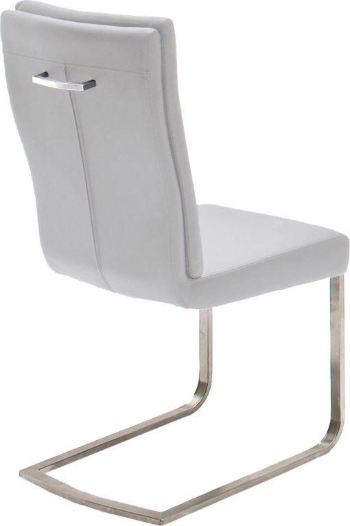 Komfortowy, nowoczesny fotel bujany na płozach