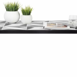 Nowoczesny, niepowtarzalny stolik w skandynawskim stylu
