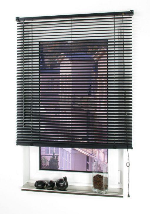 Żaluzje okienne w kolorze czarnym 60x160cm