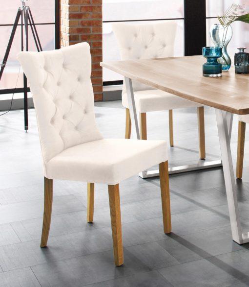 Stylowe, pikowane krzesła -beżowe, nogi dębowe