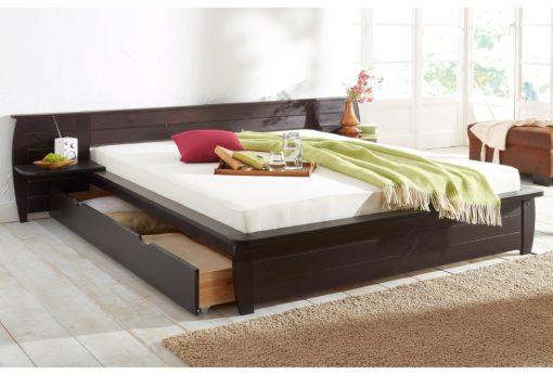Duże sosnowe łóżko w świetnym stylu, 140x200 cm