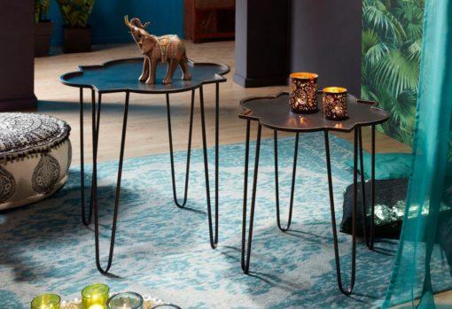 Zestaw dwóch metalowych stolików w stylu orientalnym