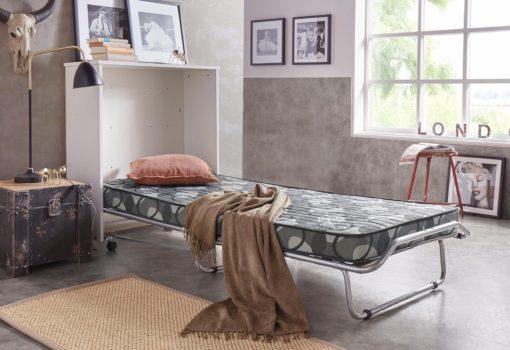 Łóżko polowe o wyglądzie komody