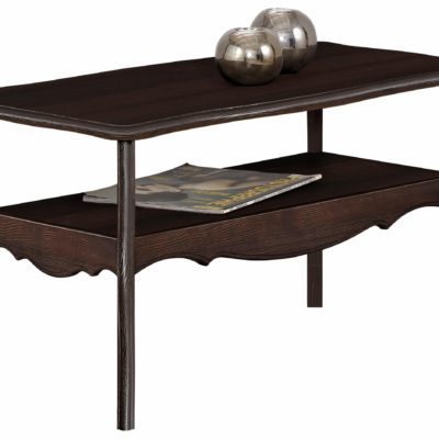 Sosnowy stolik w rustylkanym stylu