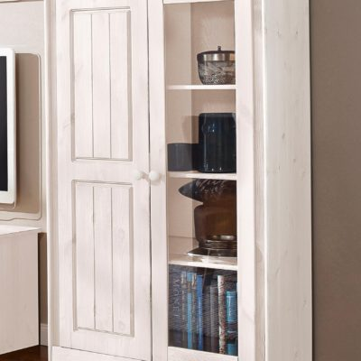 Dwudrzwiowa witryna w pięknym, rustykalnym stylu