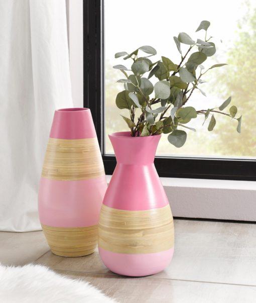Piękny bambusowy wazon w kolorze różowym