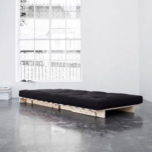 Piękna i niespotykana sofa do spania o wyglądzie fotela