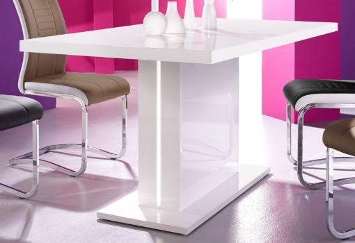 Nowoczesny i funkcjonalny stół z oświetleniem LED
