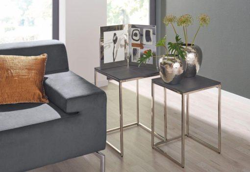 Ciekawy 2-częsciowy zestaw stolików renomowanej marki Fink