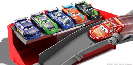 Ogromny zestaw Disney Cars Mega Maniek transformacja