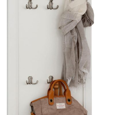 Klasyczny wieszak z półką na ubrania i dekoracyjnym ornamentem