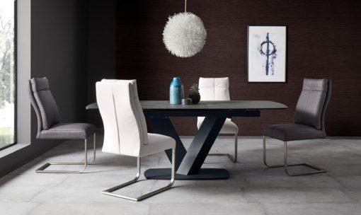 Niezwykle wygodne krzesła na płozach - 2 sztuki