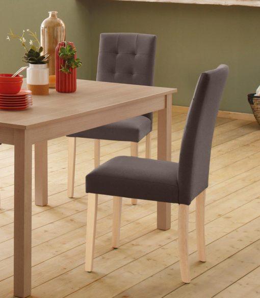 Smukłe krzesła z przeszyciami na oparciu - 2 sztuki