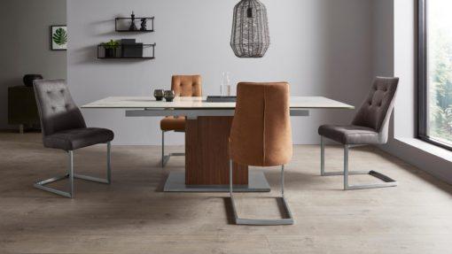 Nowoczesne krzesła na płozach z pikowaniem - 4 sztuki