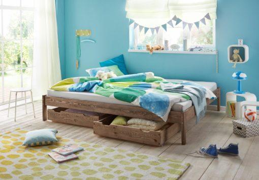 Minimalistyczne łóżko z drewna, 140x200 cm