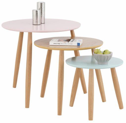 Zestaw trzech stolików w pastelowych kolorach