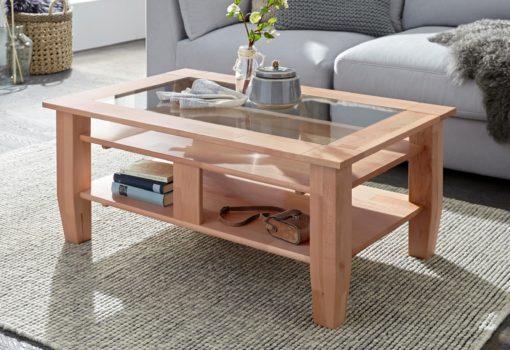 Bukowy stolik kawowy z półkami i szklaną wkładką