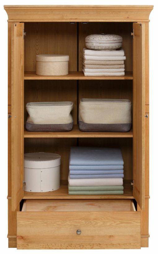 Masywna szafa z sosny, z półkami i szufladą