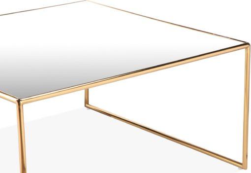 Ekskluzywny, złoty stolik kawowy ze szklanym blatem