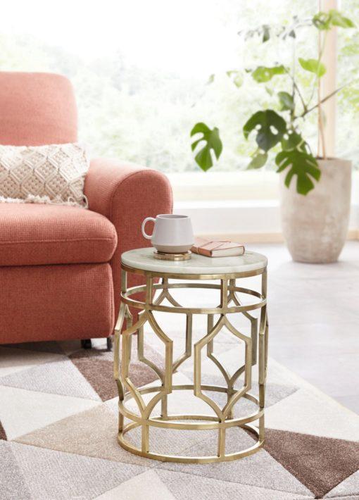 Dekoracyjny, złoty stolik z marmurowym blatem