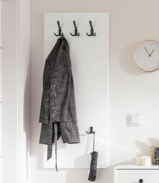 Wieszak panelowy w minimalistycznym stylu