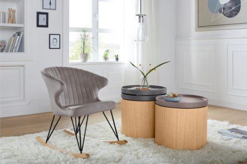 Ciekawy, okragły stolik w skandynawskim stylu, kolor: dąb