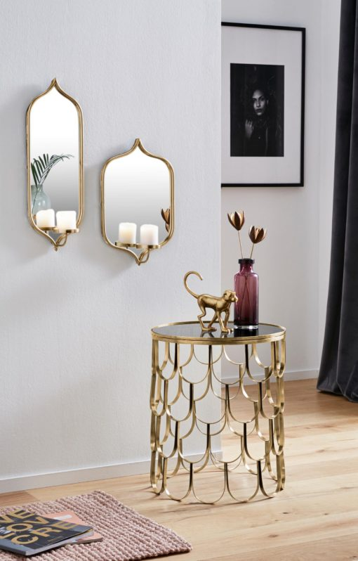 Dekoracyjny złoty stolik w stylu orientalnym