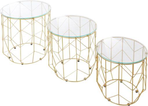 Trzy złote stoliki ze szklanymi blatami