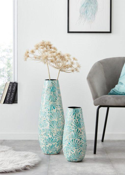 Bambusowy wazon z aplikacjami z masy perłowej
