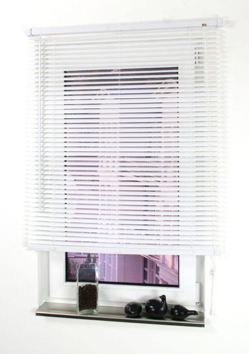 Białe żaluzje 80x160 cm