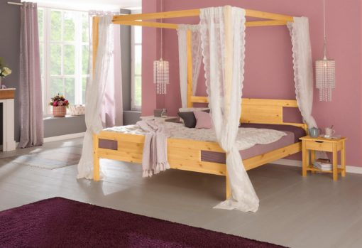Sosnowe łóżko 180x200 cm z baldachimem