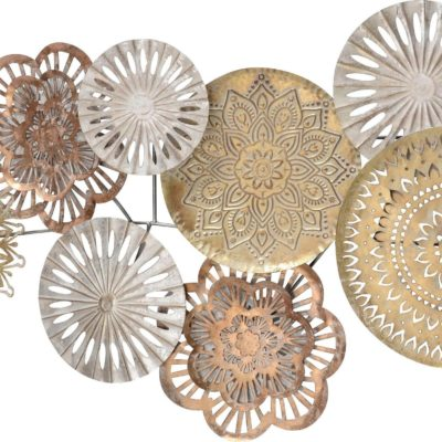 Dekoracja ścienna z metalu, w odcieniach złota
