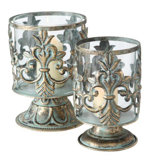 Zestaw dwóch świeczników w antycznym stylu, stare złoto