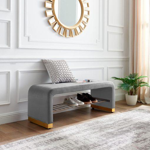 Szara ławka tapicerowana z półką, w stylu glamour