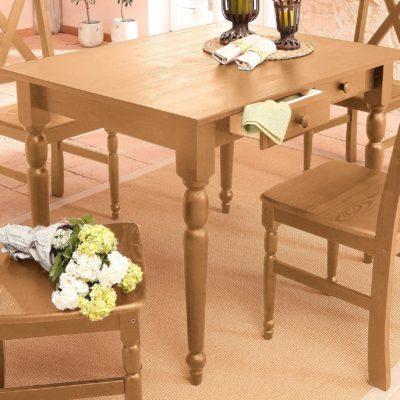 Sosnowy stół z toczonymi nogami i dwiema szufladkami, olejowany