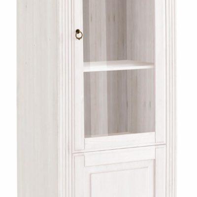 Sosnowa, biała witryna z pięknymi frezami i cokołem