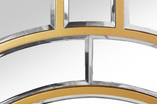 Eleganckie lustro w złotej, ciekawej ramie