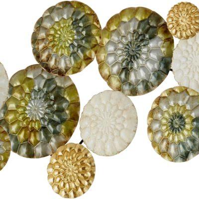 Metalowa dekoracja ścienna w odcieniach złota, zieleni i kremu