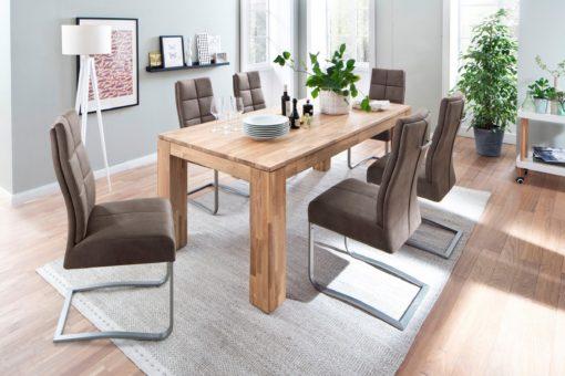 Wygodne krzesła na płozach ze sprężynami w siedziskach