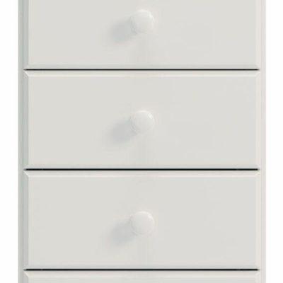 Biała komoda z pięcioma szufladami, na toczonych nóżkach
