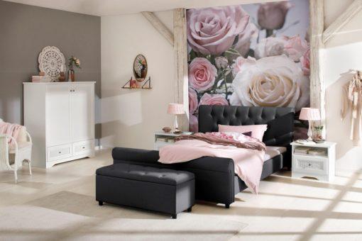 Tapicerowane łóżko ze stylowym wezgłowiem, czarne