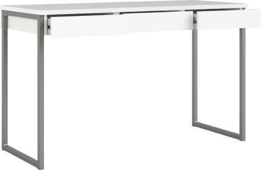 Białe biurko na metalowych nogach, styl skandynawski