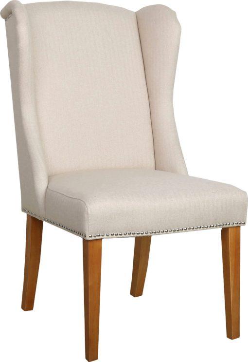 Kremowy fotel z dekoracjami i kołatką na brzozowej ramie