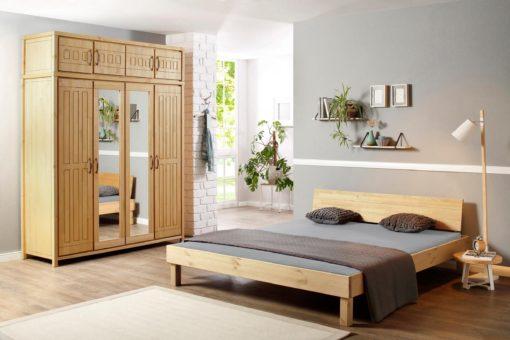Sosnowa rama łóżka 180x200 cm o prostej formie