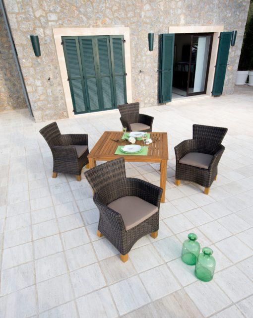 Stół ogrodowy z drewna akacjowego 110x110 cm