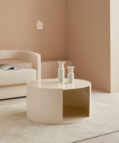 Okrągły kremowy stolik 80 cm z metalu i szkła
