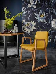Dwa żółte fotele, nogi dąb, nowoczesne wzornictwo
