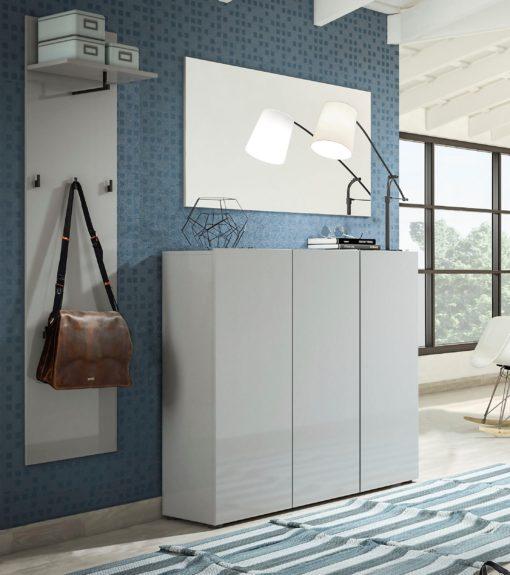Atrakcyjne prostokątne lustro bez ramy 120x65 cm