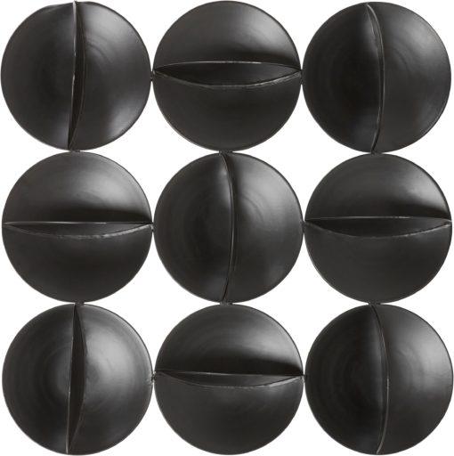 Czarna dekoracja ścienna koła w nowoczesnym stylu
