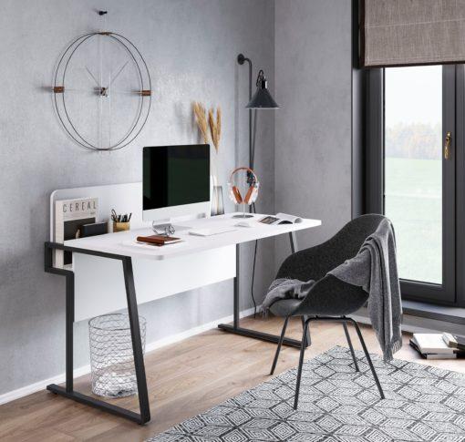 Minimalistyczne białe biurko na metalowych nogach